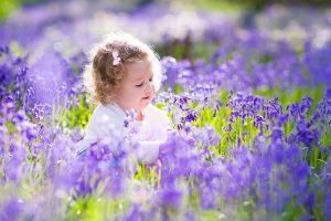 Girl-Flowers-Spring